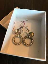 Studded round earrings  Green Brook, 08812