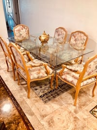 Dining room 6 crown chairs and a glass table $350