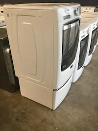white and grey front-load washer St. Charles, 63303