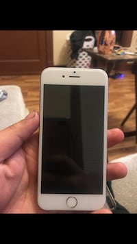 Silver iphone 6s 64gb with case