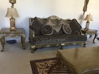 Victorian Sofa set 3 pcs+Coffee table and end tables in good condition Chantilly, 20152