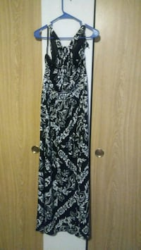 black and white floral sleeveless dress SeaTac, 98198