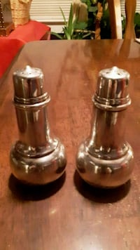 two silver salt and pepper shakers  Mooresville, 28115