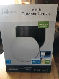 Outdoor light. New in box. LED bulb included Manchester, 03104