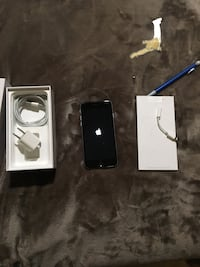 iPhone 6(32gig) w/wireless ear phones Glendale, 91203