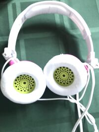 White and pink corded headphone for kids Bethesda, 20816