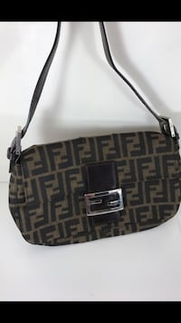 Fendi small monogram baguette shoulder handbag  vintage authentic zucca pattern italy excellent Williamsburg, 23188