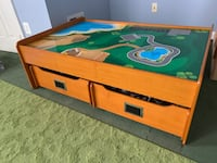 LEGO / play table Fairfax, 22030
