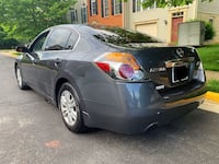 Nissan - Altima - 2010 Centreville