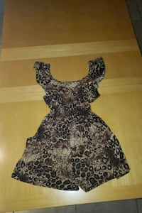 Cheetah print romper with pockets size large