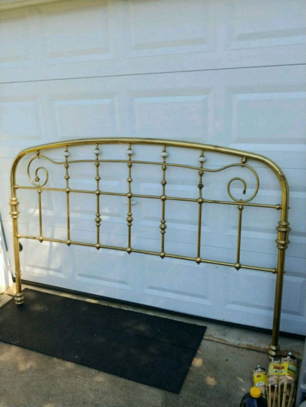 cheaper a8ab4 6c842 King Size Brass Bed Headboard and Footboard