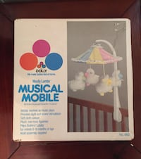 ##    Vintage Woolly Lambs Musical Crib Mobile
