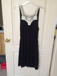 Black & White Flowy Dress Boise, 83702