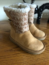 Youth Girl Michael Kors Boots-7 Rockville, 20853