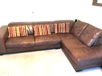 Free couch Fort Belvoir, 22060