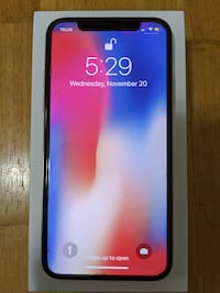 iPhone X 64GB with Lifetime Warranty Screen Protector