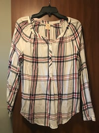 White, red and navy plaid dress shirt Manchester, 37355