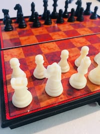 Magnetic portable CHESS  Burnaby, V5A 4W3