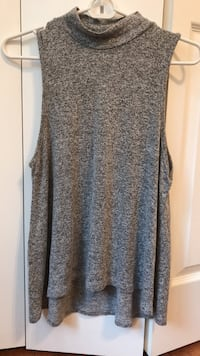 grey tank top size XL but fits as a small Fairfax, 22032