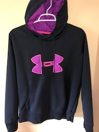 Black pink and purple women's under Armour hoodie size m never worn Georgetown, 40324