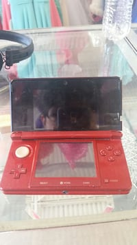 Mint red 3Ds with games Albuquerque, 87110