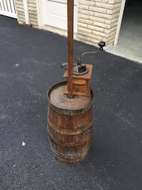 Butter churned / coffee grinder Franklin Lakes, 07417