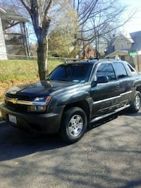 Chevrolet - Avalanche - 2004 Silver Spring, 20906