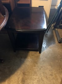 Great project end table Gallatin, 37066
