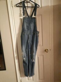 Womens overalls size 14 (fits medium-large)  Aurora, L4G 6Z4