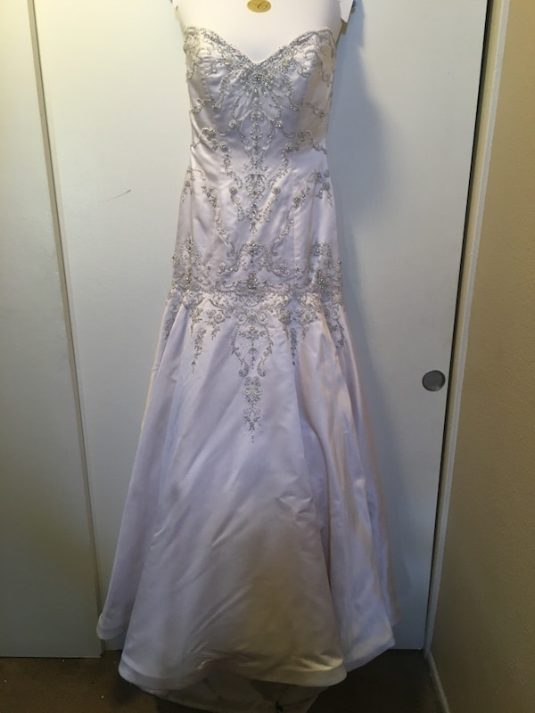 f11d50e1ebd Used Brand new Eve is Milady wedding gown Size 10 for sale in ...
