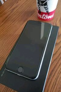 space gray iPhone 6s with box and charger block an Gowanstown, N0G 1Y0