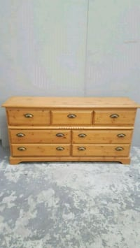 Solid wood Dresser  Cambridge, N1R 8H7