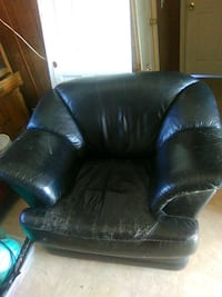black leather tufted sofa chair Hanford, 93230