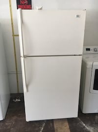 Roper 21 cu Ft fridge Struthers, 44471