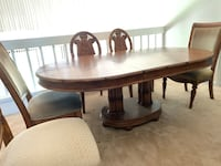 Tommy Bahama Dining Table and 8 Chairs