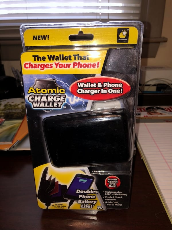 Wallet/ phone charger 9948e849-3c73-4ee6-8140-416c48848e96