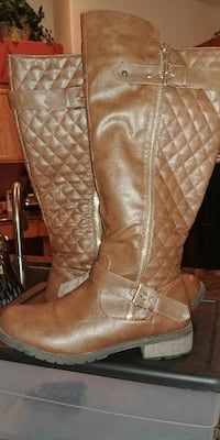 pair of brown leather knee-high boots North Las Vegas, 89084