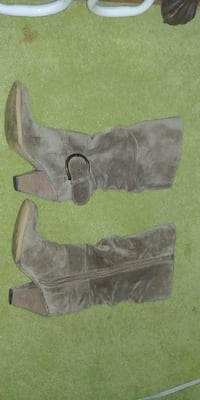 pair of brown knee-high boots size 6 Rome, 30165