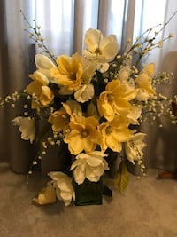 White and yellow flowers centerpiece Whitehall, 15227
