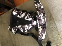 Baby Bjorn Camo Carrier Cambridge, N1T 2G1