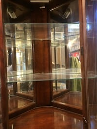 Display cabinet Mississauga, L5A 3Z3