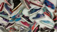 Athletic shoes for girls from $10 Etobicoke