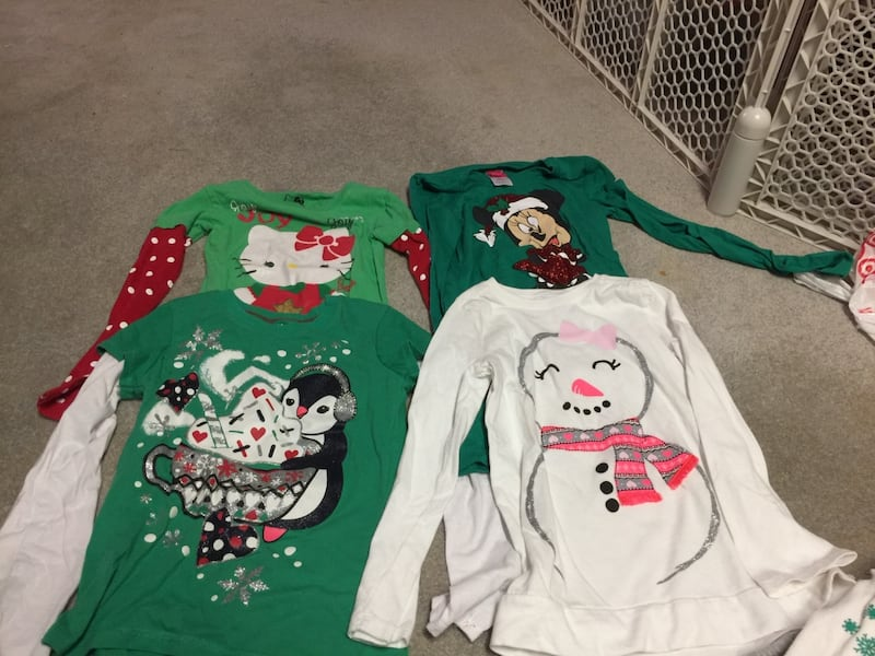Child's holiday clothes c4377924-af54-4a11-a204-36bcc6ffb0fe