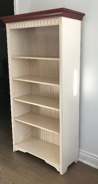 wooden shelf- Mississauga like new LONDON
