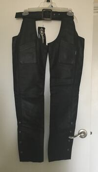 NWT Women's Yamaha Leather Chaps Lombard, 60148