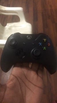 black Xbox One game controller District Heights, 20747