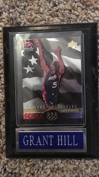 Grant Hill trading card with case South Milwaukee, 53172