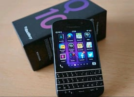 Good condition unlocked blackberry Q10