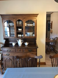 China Hutch. Wood 2 pieces   New Market, 21774