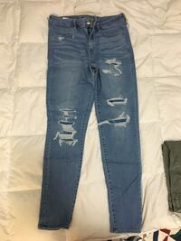 AE distressed super stretch jeans, size 12 long  Belleville, K8P 4R4